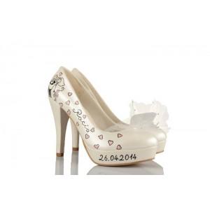 Düğün Ayakkabısı Kalpli Kucakta Gelin Damat Tasarım