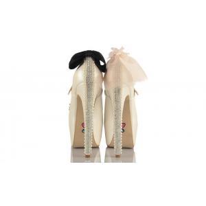 Duvak Papyon Tasarımlı Düğün Ayakkabısı