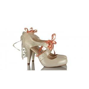 Fiyonk Duvak Tasarım Gelinlik Ayakkabısı