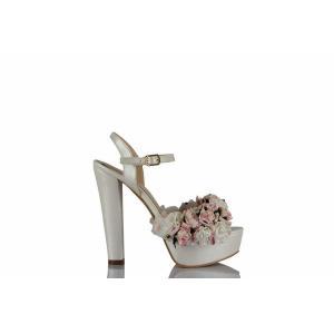 Gelin Ayakkabısı Çiçek Tasarım