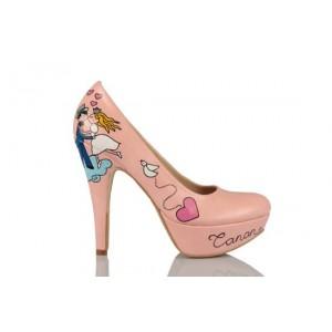 Öpüşen Gelin Damat Tasarım Gelinlik Ayakkabısı