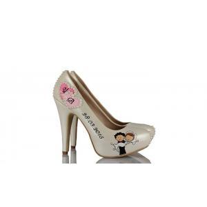 Pembe Kalp Tasarım Düğün Ayakkabısı