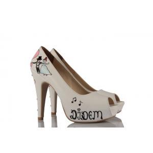 Pembe Kalpler Tasarım Gelinlik Ayakkabı