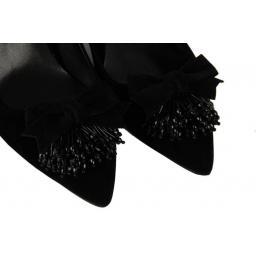 Püsküllü Topuklu Siyah Stiletto Ayakkabı