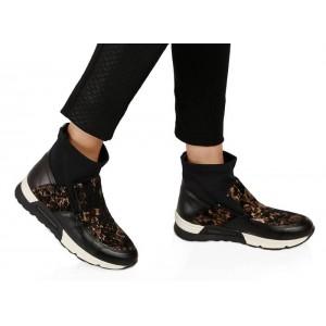 Siyah Kamuflaj Desenli Spor Ayakkabı