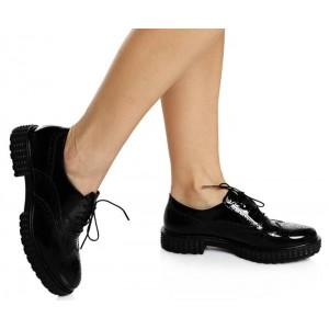 Siyah Rugan Bağcıklı Bayan Ayakkabı