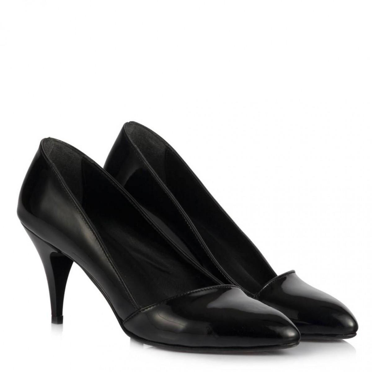 Siyah Rugan Çapraz Stiletto