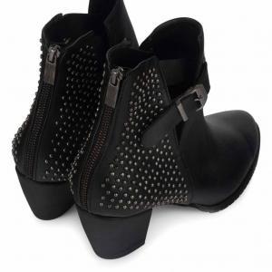 Zımbalı Topuklu Bot Siyah